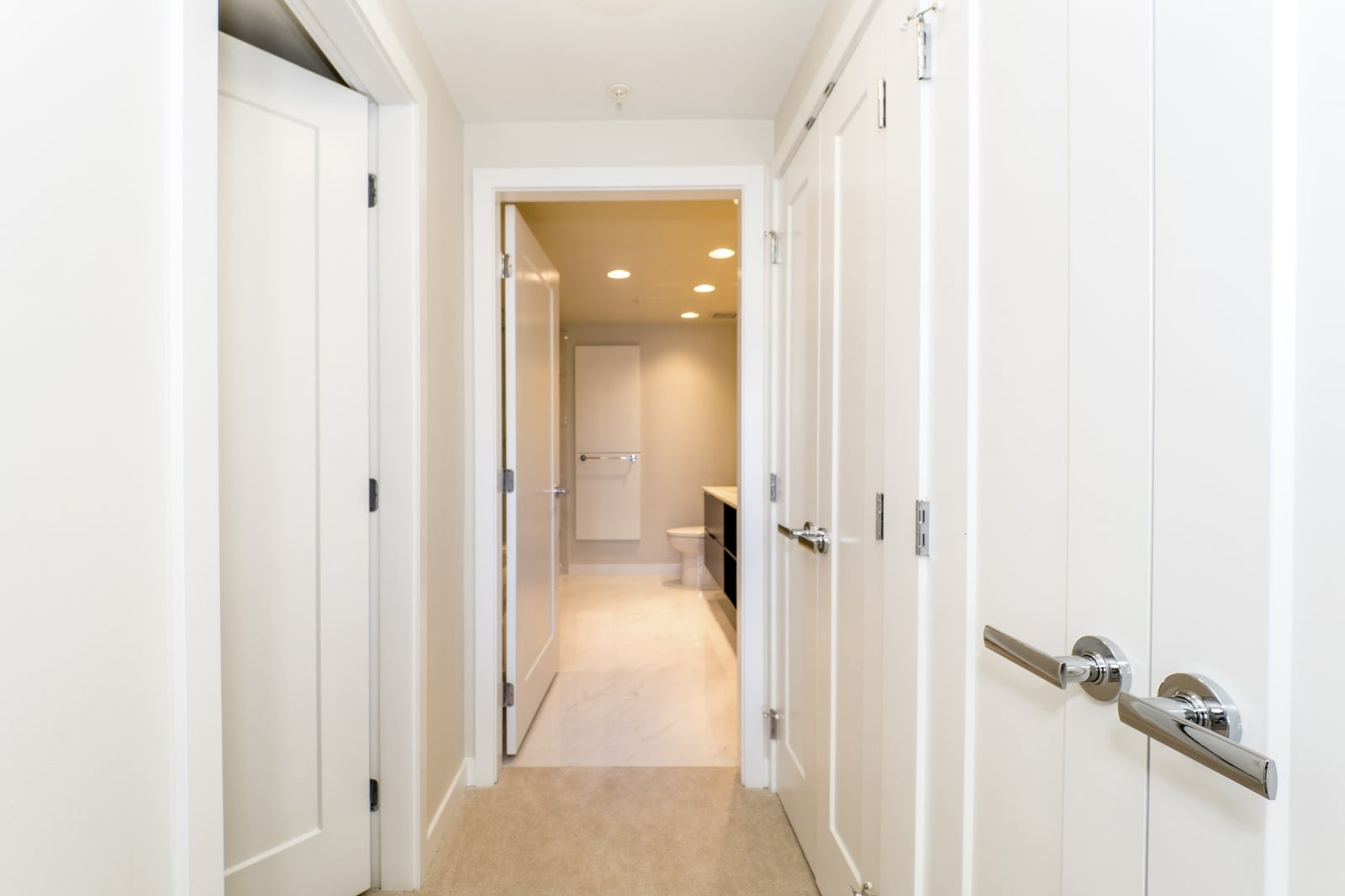 Master Bedroom Walk in Clset and His/Hers Closets