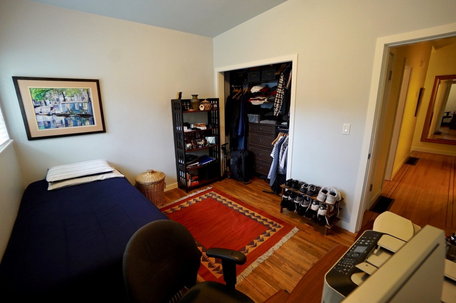 Second Bedroom with Closet Organizer