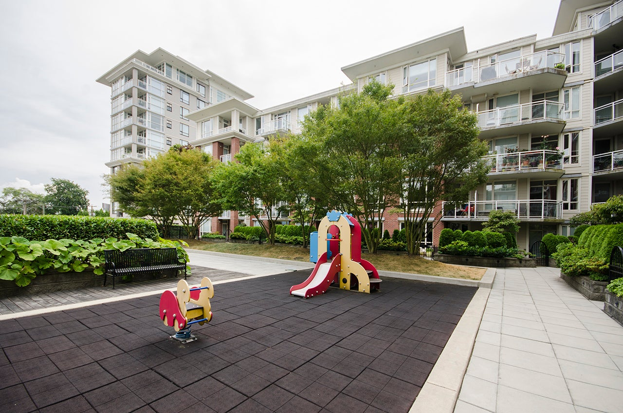 Community Courtyard with Children's Play Area
