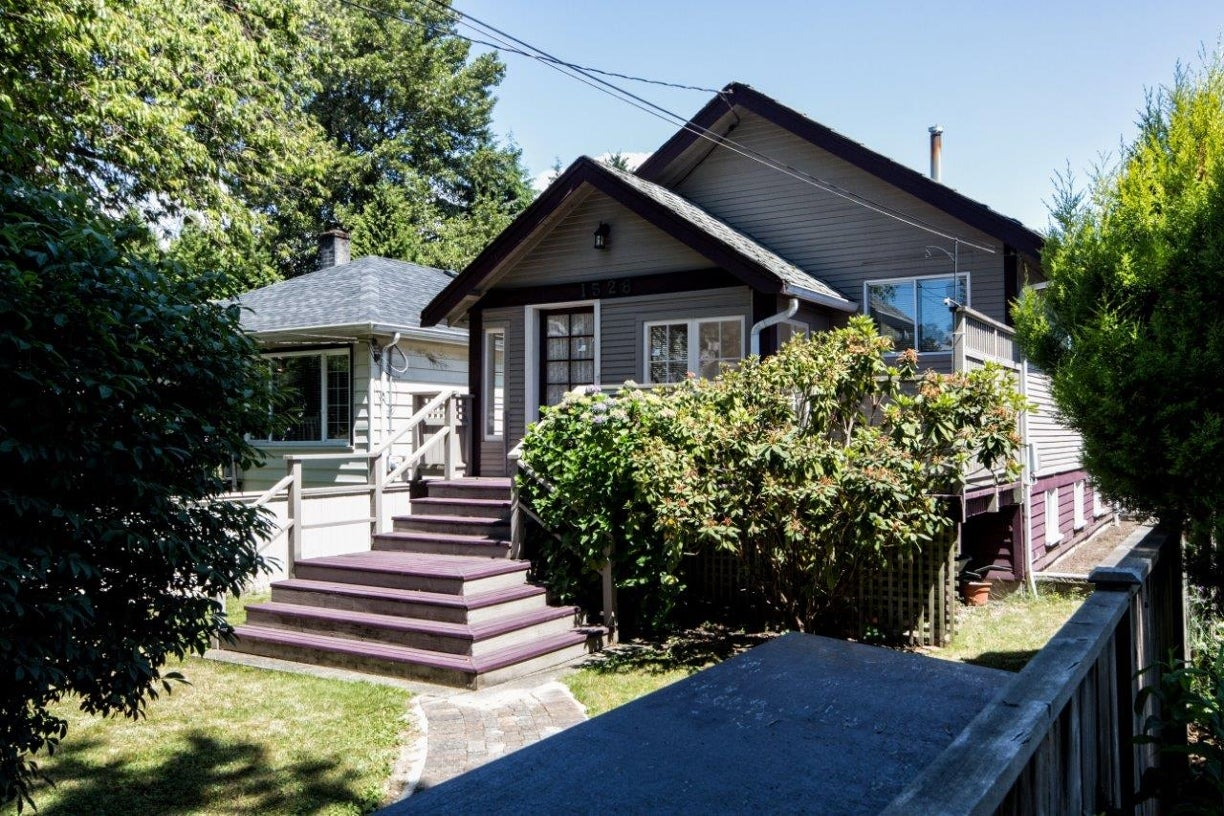 1528 Macgowan Avenue - Norgate House/Single Family for sale, 3 Bedrooms (V1129094) #1