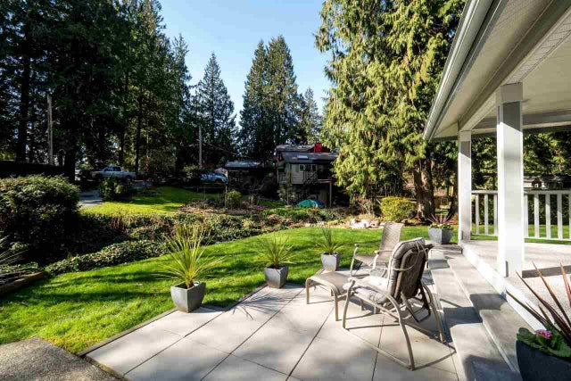 1496 CHAMBERLAIN DRIVE - Lynn Valley House/Single Family for sale, 3 Bedrooms (R2040349) #2